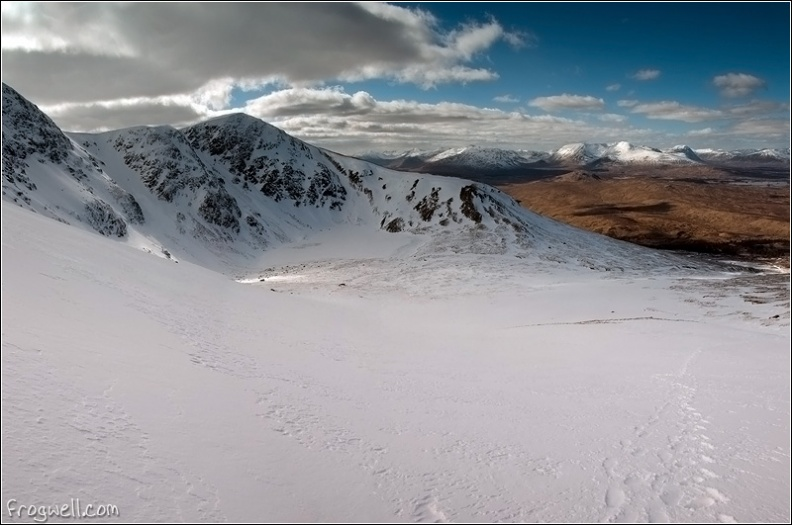 Beinn Achaldair from the East of Beinn a Chreahain.jpg